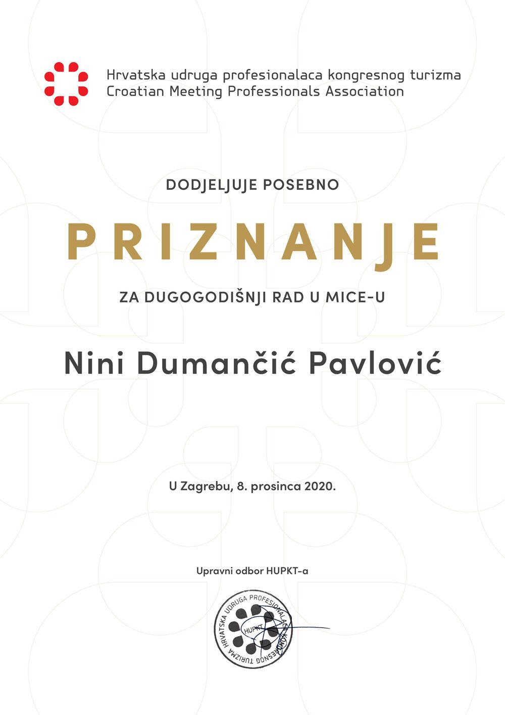 Nina Dumančić